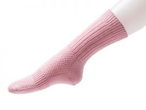 NoBuzz® Insect Repellent Hiking Crew Socks – Pale Pink